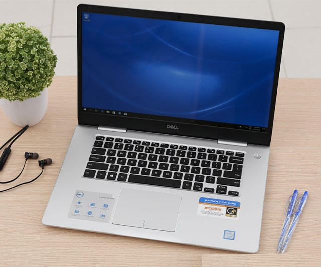 Dell Inspiron 15 7570-N5I5102OW