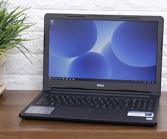 Laptop Dell Inspiron 3576-N3576C